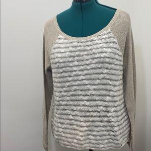 Hollister long sleeve crochets sweater